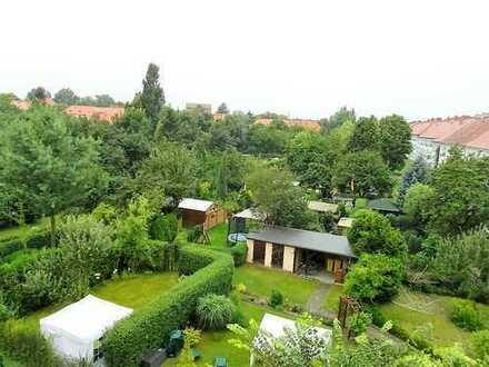 Helle, ruhige TOP-SANIERTE Wohnung im Stadtteil West-tolle Wohnküche-Loggia- gigantischer Weitblick