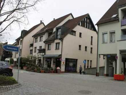 Ladengeschäft mit 1 TG-Stellplatz in zentraler Lage Möglingens, auch als Büro oder Praxis geeignet