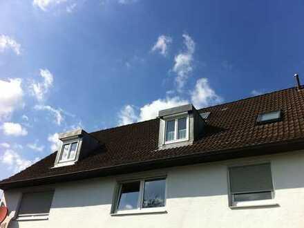 Schöner wohnen in ruhiger ländlicher Umgebung - 3-Zimmer-Dachgeschosswohnung