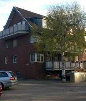 Schicke 3 Zimmerwohnung mit 2 Bädern und 2 Balkonen