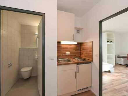 Schönes, vollständig möbliertes und umfassend saniertes Apartment