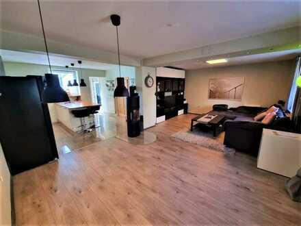 +++Modernisiertes Einfamilienhaus mit überdachter Südterrasse, Südgarten, Garage, sofort verfügba...