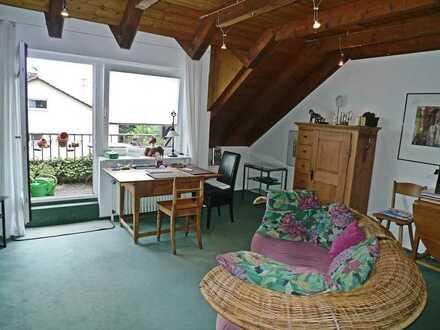 Helle 3-Zi DG-Wohnung mit toller Aussicht inkl. TG Stellplatz in Reichenbach zu verkaufen!