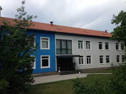 Top gepflegtes Bürogebäude mitten im Bexbacher Saarpfalzpark
