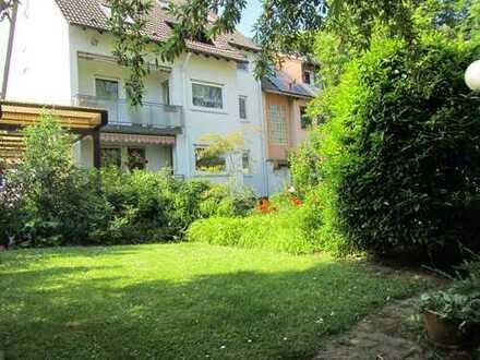Sehr gepflegte 2,5 ZKB Maisonette- Wohnung mit ca. 80m² Wfl. in F-Zeilsheim