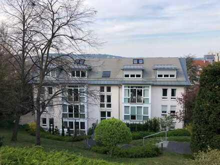 Exklusive 4,5 Zimmer Wohnung in gefragter Wohnlage mit Blick