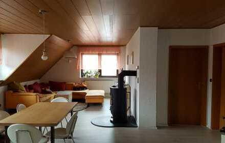 Vollständig renovierte 5-Zimmer-Wohnung mit EBK in Frankfurt am Main
