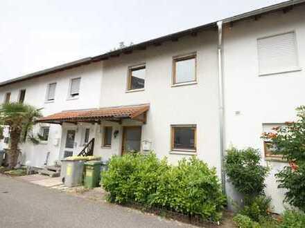 MA-Rheinau: Nicht lange warten!  Renovierungsbedürftiges Einfamilienhaus mit optimaler Auftei