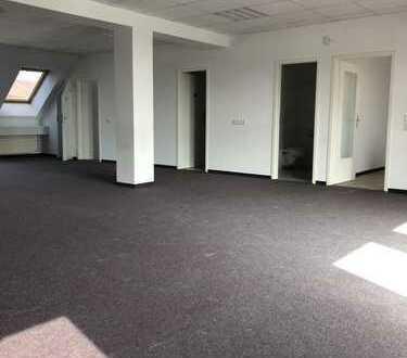 Gewerbe-/ Bürofläche im Hohenbusch Center Weixdorf