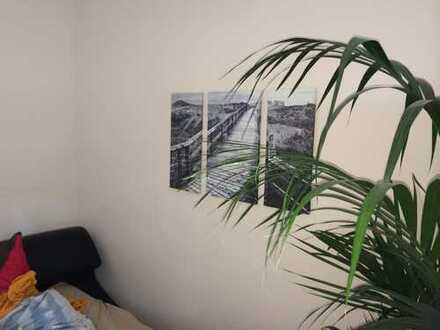 Neuwertige 3,5-Zimmer-Wohnung mit Balkon und EBK in Essen - Essen-Stadtmitte
