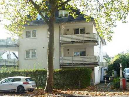 Großzügige Wohnung unweit des Rheins!