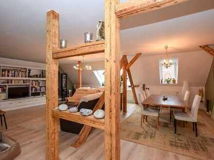 Östliches Ringgebiet: 5-Zimmer-Eigentumswohnung mit Dachterrasse in Parknähe...
