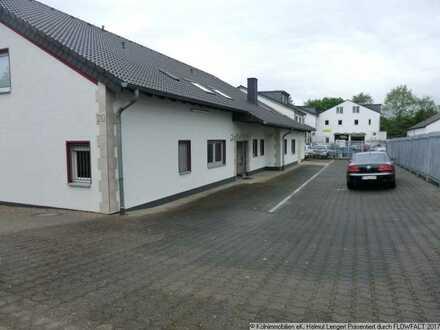 LEERER + FREI-stehender Büro-Gewerbe-Komplex auf ca. 1.050 m² Grundstück in Leverkusen-Quettingen
