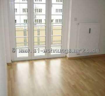 Super Wohnung mit Balkon!!!