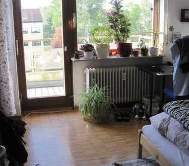 *** Toll geschnittene große 2-Zi. Whg. mit ZWEI Balkonen - ideal für Studenten /Berufstätigen WG ***
