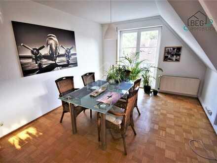 Schöne 3-Zimmer-Wohnung im Dachgeschoss mit tollem Ausblick in zentraler Lage