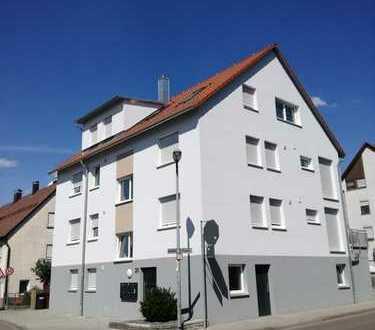 Schöne DG-Wohnung mit großem Balkon und herrlicher Aussicht