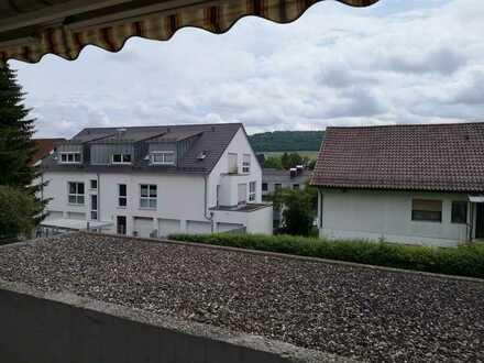 Helle 2,5-Zimmer-Wohnung mit Balkon und EBK in Aalen-Hofherrnweiler