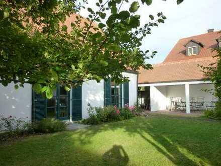 Exklusives Einfamilienhaus mit Garten in Neufinsing