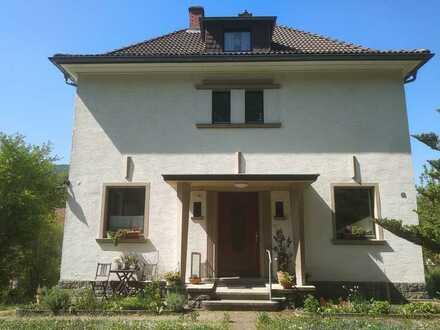 Birkenau Kerngemeinde (nahe Weinheim): Großzügiges, helles Haus mit großem Garten im Grünen