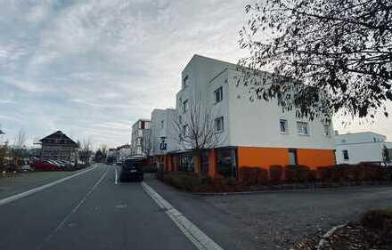 Leerer Garagenstellplatz in Tiefgarage neben Rathausplatz & Bahnhof Dußlingen (Kreis Tübingen)