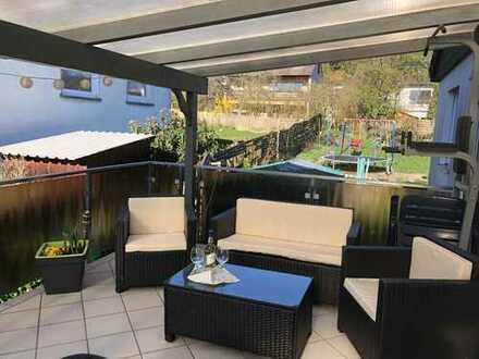 Freistehendes EFH mit Anliegerwohnung auf 870qm Grundstück in Hofheim-Wildsachsen