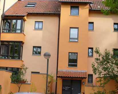 Günstig gelegene ruhige 2-Zimmer-Wohnung mit Gartenanteilen