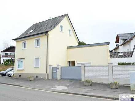*INDIVIDUELLE WOHNKULTUR AUF ca. 115m² - Freistehendes Einfamilienhaus mit Terrasse und Garten*