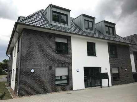 Erstbezug mit Einbauküche und Balkon auf 70 m²: Exklusive 2-Zimmer-Wohnung in Oyten