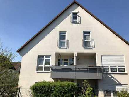 Wohnen mit Niveau: Kleine, feine 2-Zimmer-Wohnung mit Aufzug in sehr guter Wohnlage von Herrenberg
