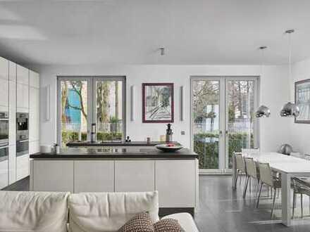 IMMOBERLIN: Toplage - Luxuriöse Wohnung mit großer Südterrasse & Garten