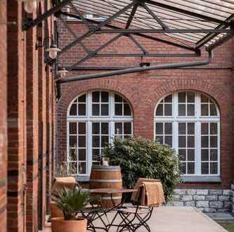 Provisionsfrei! Gut laufendes Restaurant in TOP Kiezlage in einem schönen historischen Gewerbehof!