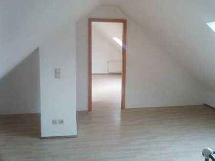 Maisonette : 2 1/2-Raum-Dachgeschoßwohnung nahe LAGA