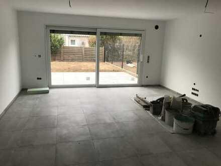 Großzügiges 1- Familienhaus In Sankt Leon Rot zu vermieten
