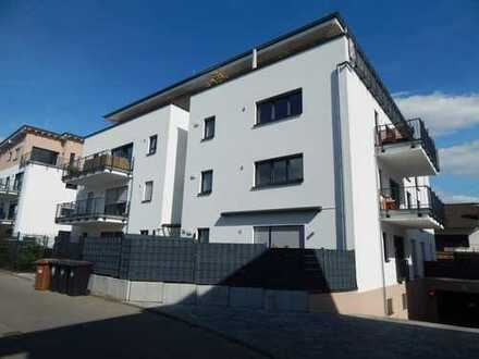 Helle, neuwertige, gut geschnittene 2-Zimmer-Wohnung mit Balkon und Einbauküche, Toplage in Eschborn