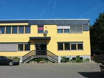 RT-West -- 90m² Bürofläche und 2 Stellplätzen -- direkt vom Eigentümer
