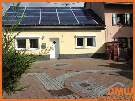 Saniert und renoviert. Einfamilienhaus 5 ZKB m Garten, Garage, EBK