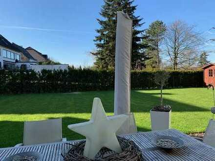 Hochwertige große Erdgeschosswohnung mit Terrasse und Garten + TG-Stellplatz zu vermieten.