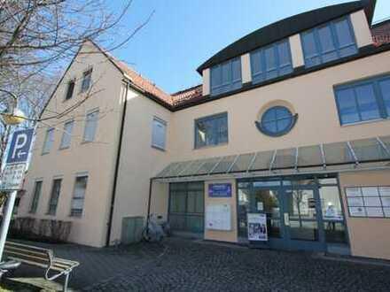 **ÄRZTE-BÜROHAUS* Erdgeschoss-Arztpraxis - barrierefrei - in Karlsfeld, Seenähe