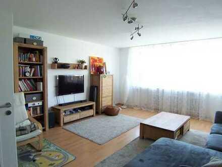 Hervorragend geschnittene, zentral gelegene 3-Zi.-Wohnung mit Wohnküche in ruhiger Lage
