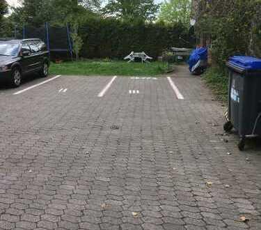 Stellplatz im Hinterhof zu vermieten !!