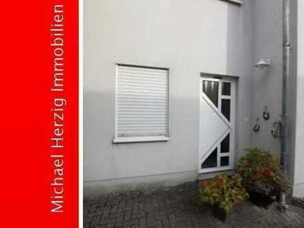 +++Freistehendes Haus mit Einliegerwohnung und Gewerbeeinheit in Neunkirchen+++