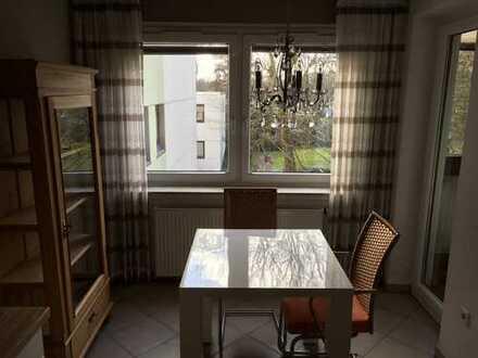 Schöne/gepflegte 3-Zimmer-Wohnung mit Loggia und EBK in Bremen