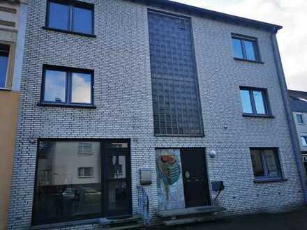 Gepflegte 4-Zimmer-Maisonette-Wohnung mit Balkon in Dortmund-Huckarde