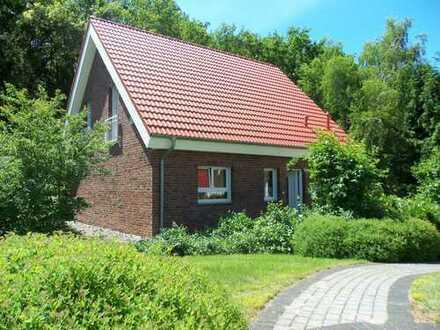 Grundstück mit Haus in Rüdersdorf OT!