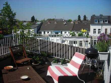 Bonn-Südstadt: Ruhige 2-Zimmer-Dachgeschosswohnung