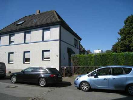 Doppelhaushälfte in Bochum ( Nähe Einkaufszenrum )
