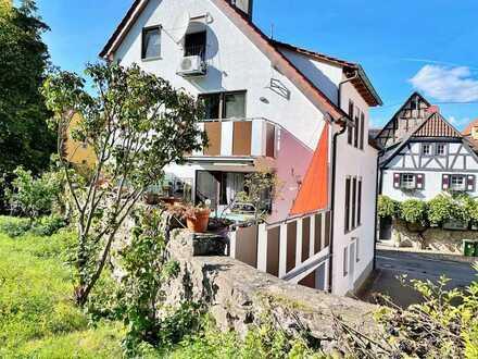 Wundervolle Doppelhaushälfte, Naturgelegen im schönen Oberriexingen