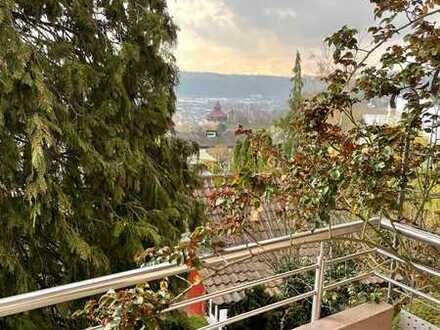 Esslingen - Halbhöhenlage 4-Zimmer Wohnung mit fantastischem Ausblick