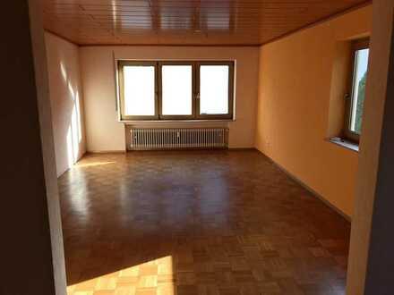 Wohnung mit 3 Zimmern und Balkon